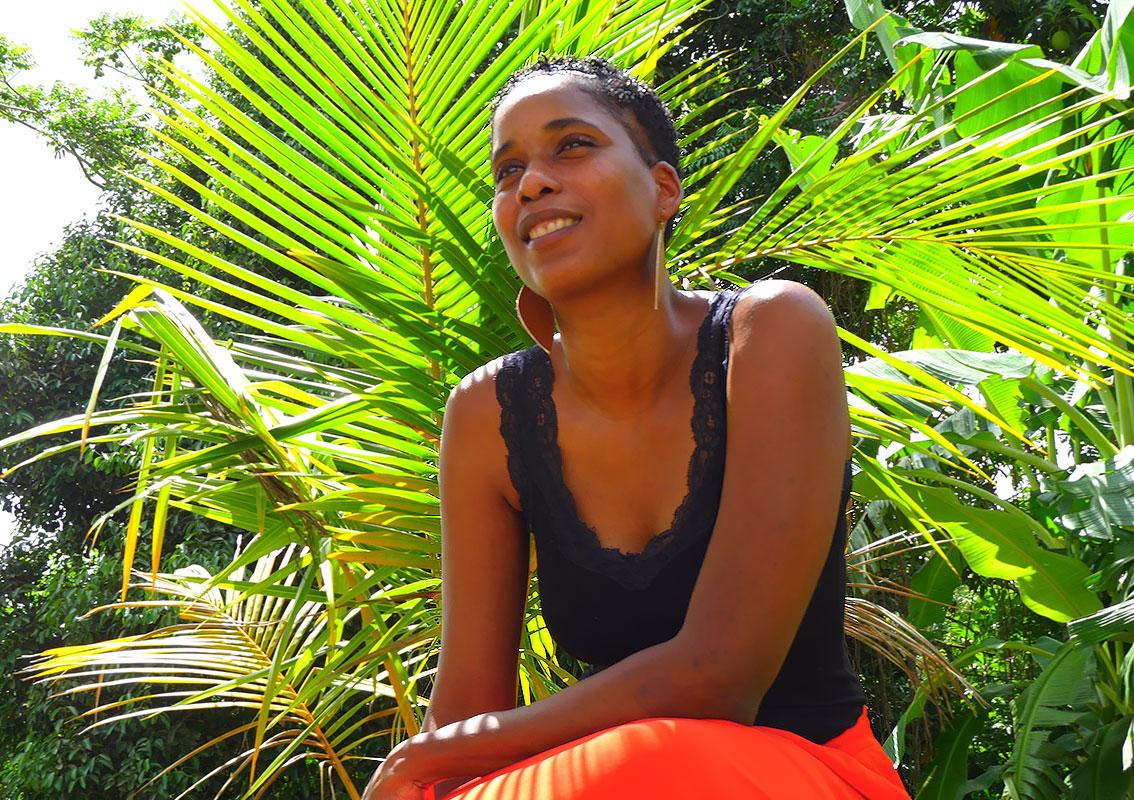 Thania Raphael